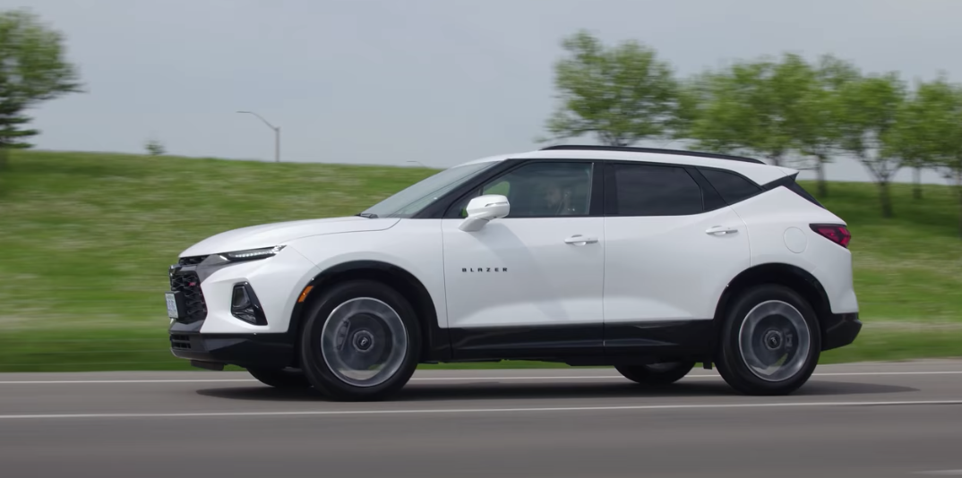 Video: 2020 Chevy Blazer RS Review (The Straight Pipes)